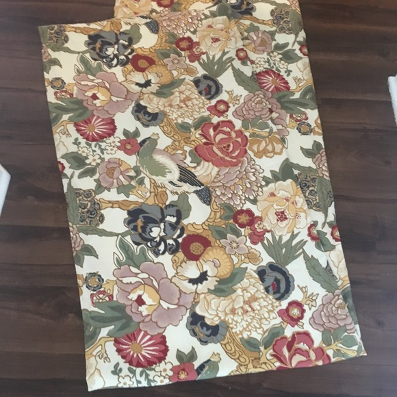 """Pottery Barn Other - Pottery Barn 2panels of floral curtains 8ft/46"""""""